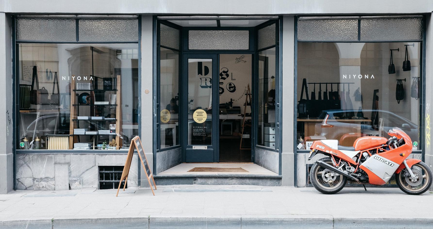 Niyona store